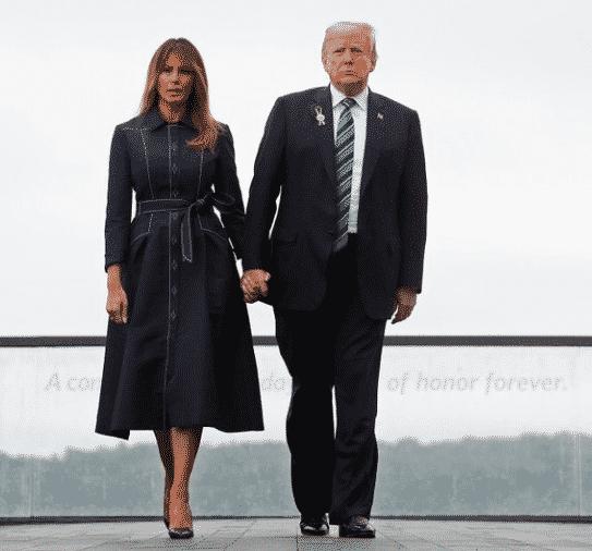 Mise en vente prochaine de la robe portée par Melania Trump le 11 septembre 2018 dernier