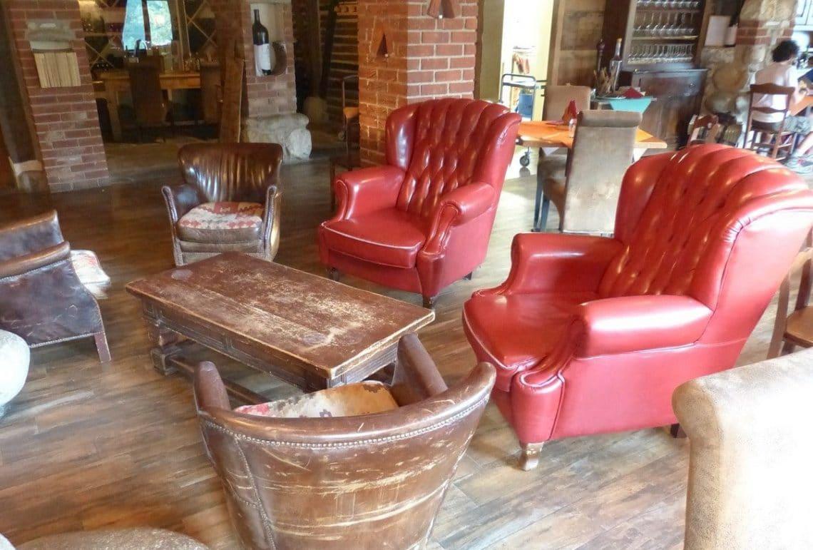 fauteuils rouges