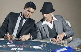deux joueurs de casino