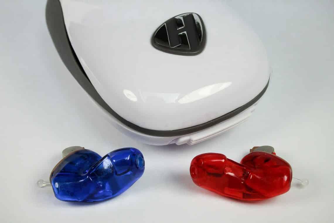 appareil auditif discret et pilotable par smartphone